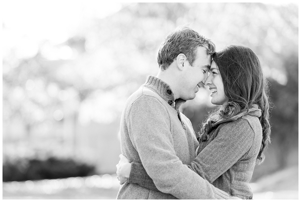 downtown fort wayne christmas engagement_0112