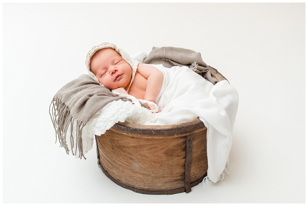 Fort Wayne newborn photographer Columbia City_0133