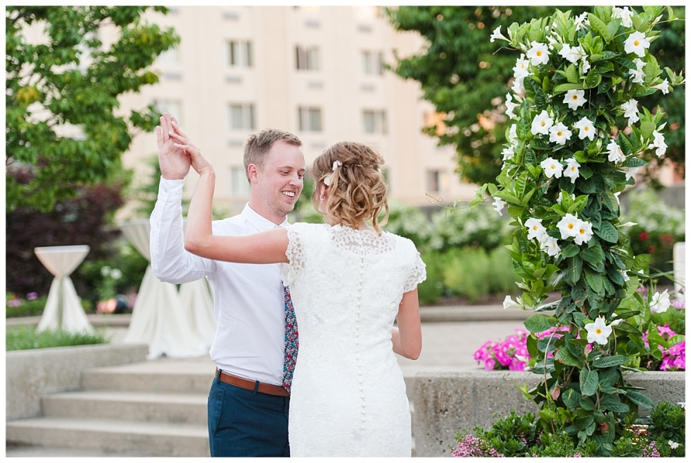 Fort Wayne wedding photographer Botanical Gardens Conservatory_0146